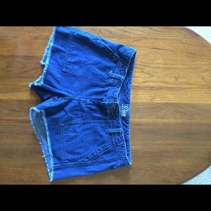 Very Dark Rinse ON Diva Cut Jean Shorts